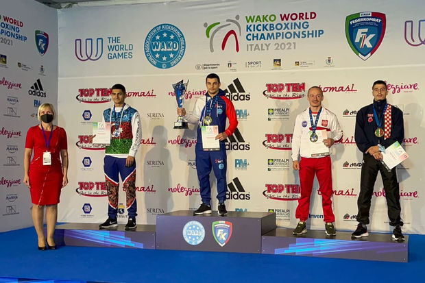 Azərbaycan kikboksçularının dünya çempionatında rəsmiləşən medallarının sayı səkkizə çatdı - FOTO